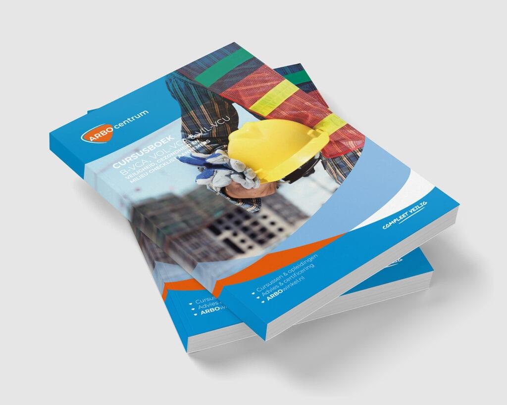 Een foto van de cover van het VCA boek van ARBO centrum