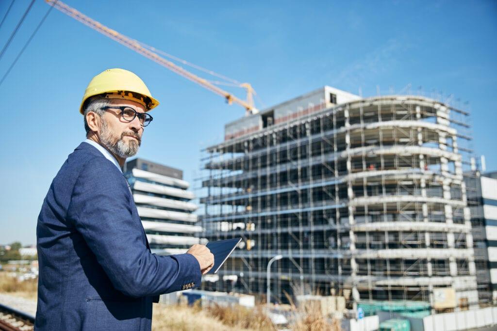 Een projectleider op de bouw